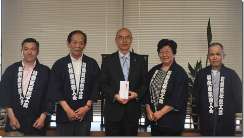 GWにお預かりした熊本地震への義援金、葛飾区にお届けしました。